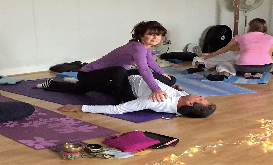 Couples-Yoga-Class-1